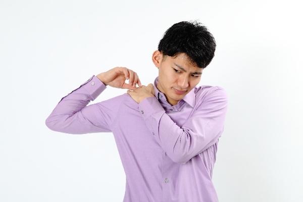 腕が痛い時に気をつけたい、7つの危険な病とは?