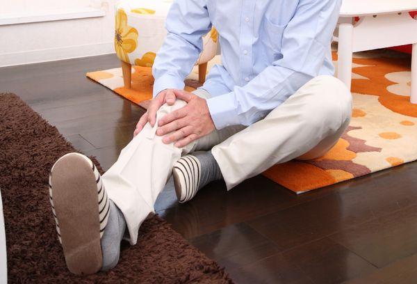 膝痛は原因から対処しよう!痛みを和らげる7つの方法