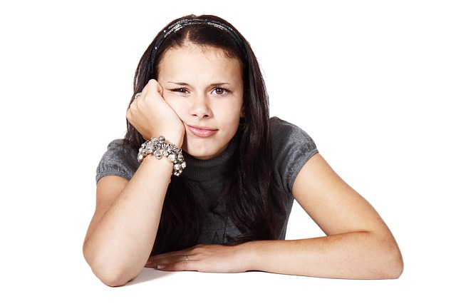 危険!顔のしびれや痛みで疑われる7つの病気とは?