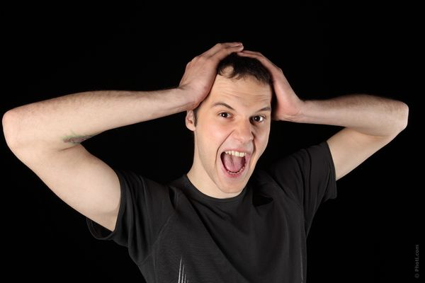 ストレスが頭痛を引き起こすメカニズムを徹底解説!