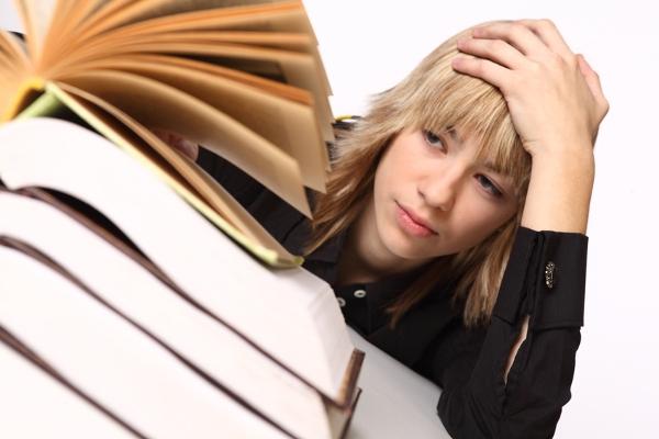 ひどい首こりで頭痛もするとき自分でできる7つの対処法