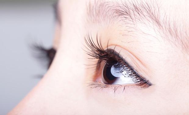 目の充血を改善させよう!食事や日常生活での注意点