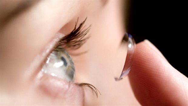 コンタクトで目が充血したときに行うべき7つの対策
