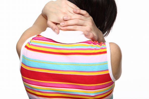 肩手症候群の基礎知識!原因・症状・治療法など7つ紹介