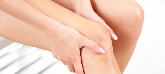 膝が痛いは要注意!身体が発する4つの危険信号の見分け方