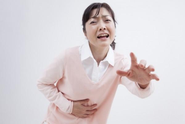 腹痛の原因を突き止めて、症状を軽くする3つのポイント
